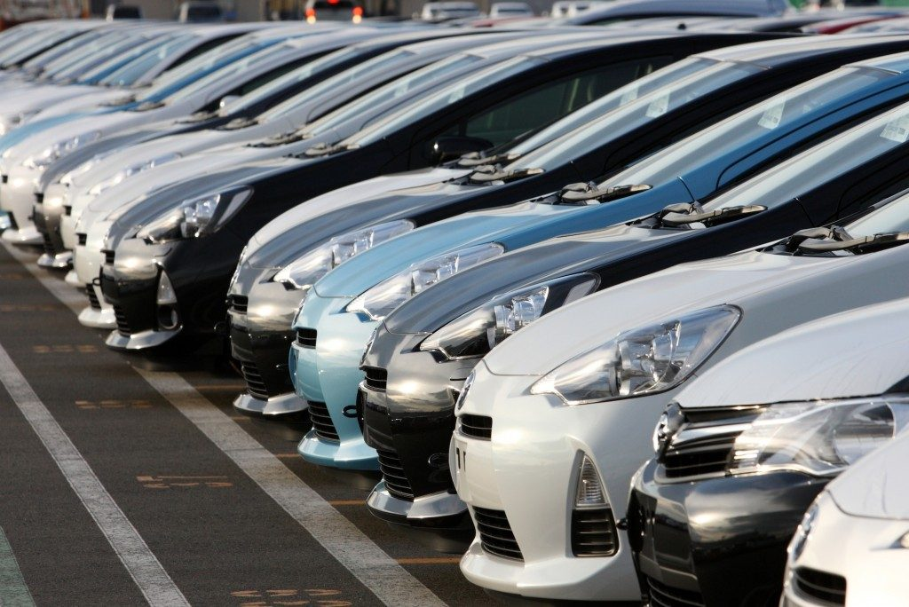 How to find used car dealerships nearby your area?